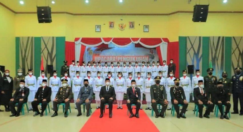 Pengukuhan 33 Pelajar SMA Menjadi Anggota Pasukan Pengibar Bendara Pusaka.